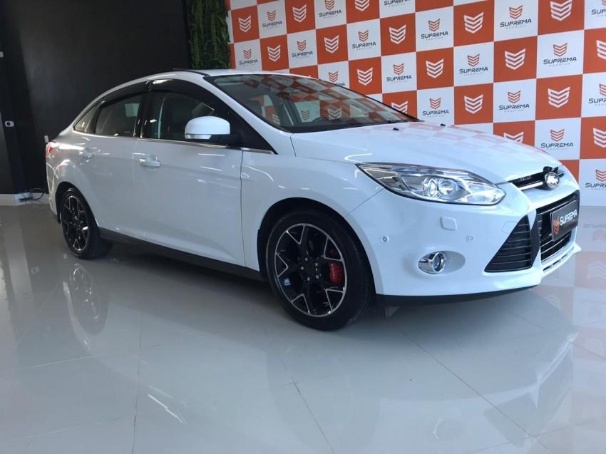 focus sedan focus titanium plus 2.0 automatico top teto xenon un. dono 2015 passo fundo