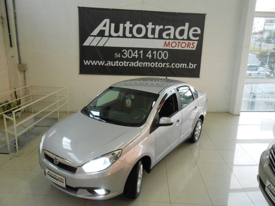 grand siena attractive 1.4 8v 4p manual 2013 caxias do sul
