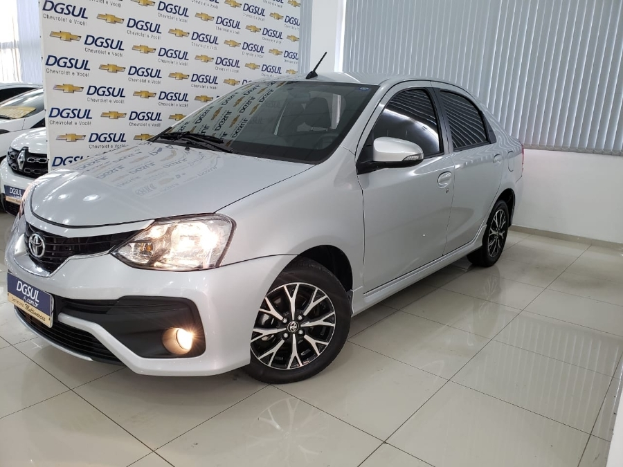 etios etios sedan platinum 2018 caxias do sul