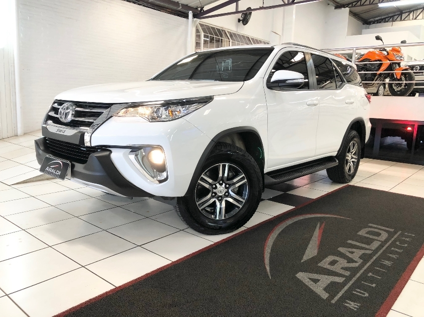 hilux sw4 2017 vacaria